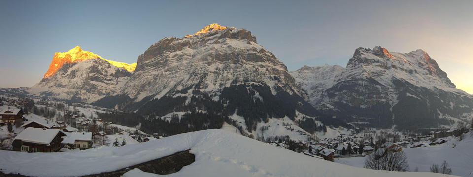 Grindelwald_500px-137591_960x360.jpg